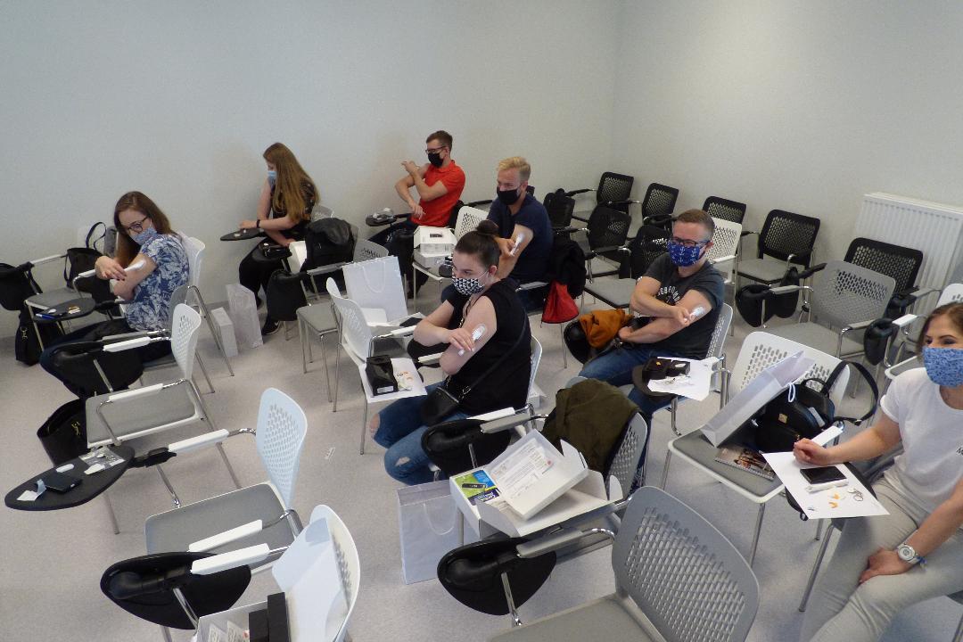 pacjenci w trakcie szkolenia z obsługi sprzetu Contour Via